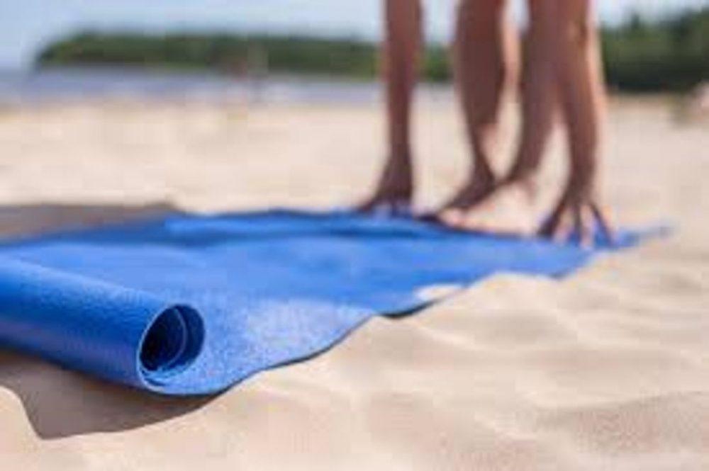 Blue Yoga2